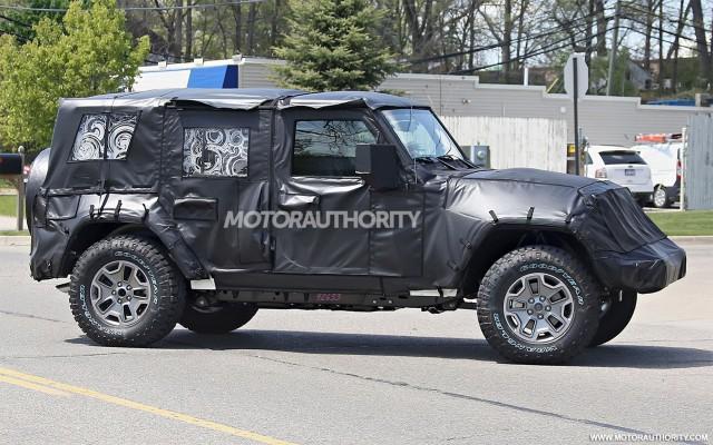 2018 Jeep Wrangler Ultimate spy shots - Image via S. Baldauf/SB-Medien