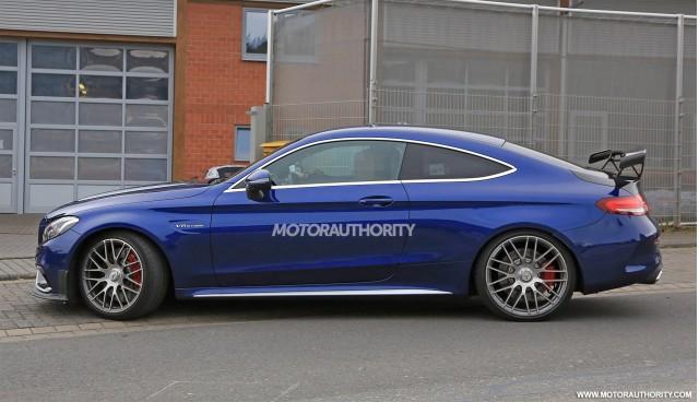 2015 - [Mercedes] Classe C Coupé & Cabriolet [C205/A205] - Page 15 2018-mercedes-benz-c63-r-coupe-spy-shots--image-via-s-baldauf-sb-medien_100568599_m