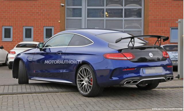 2015 - [Mercedes] Classe C Coupé & Cabriolet [C205/A205] - Page 15 2018-mercedes-benz-c63-r-coupe-spy-shots--image-via-s-baldauf-sb-medien_100568601_m
