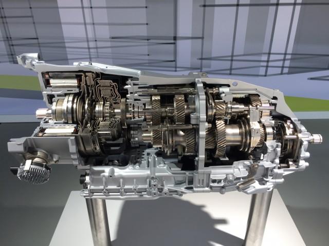 2018 Porsche Panamera 4 E-Hybrid motor and transmission