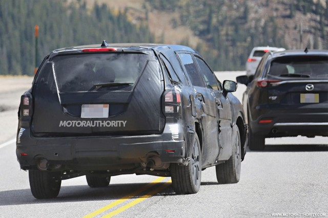2018 Subaru Tribeca replacement spy shots - Image via S. Baldauf/SB-Medien