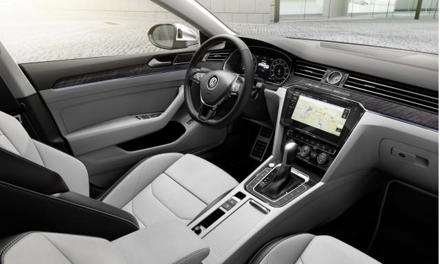 Volkswagen Arteon fastback sedan revealed, on sale mid-2018