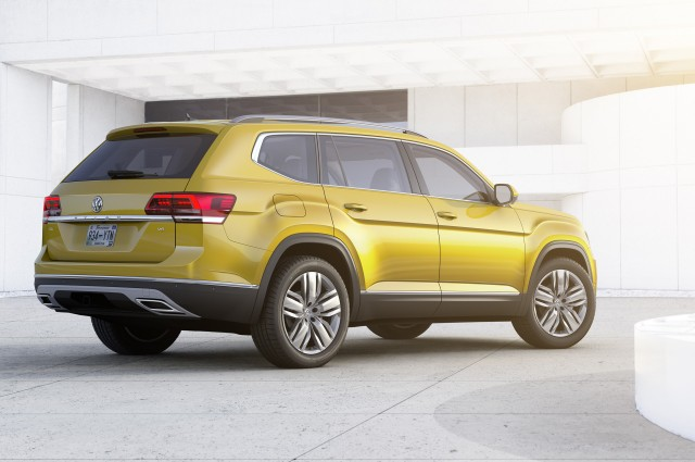 2018 volkswagen atlas 7 seat suv unveiled plug in hybrid coming but when. Black Bedroom Furniture Sets. Home Design Ideas