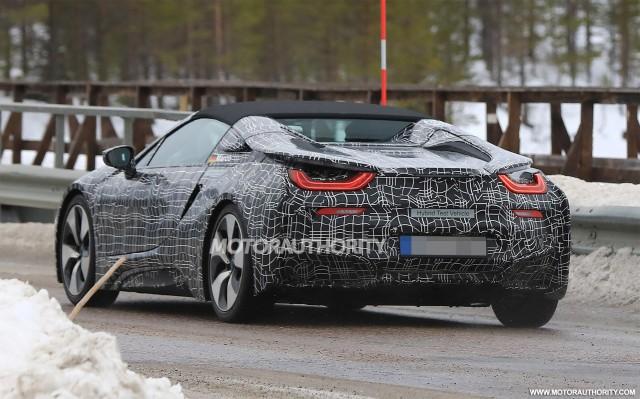 2013 - [BMW] i8 [i12] - Page 22 2019-bmw-i8-spyder-spy-shots--image-via-s-baldauf-sb-medien_100596092_m