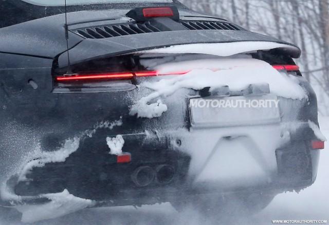 2019 Porsche 911 Cabriolet spy shots - Image via S. Baldauf/SB-Medien