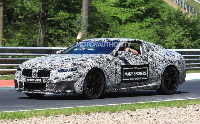 Published live shots of the racing coupe BMW M8