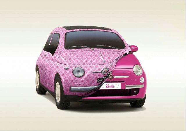 A Fiat 500 for Barbie\'s birthday