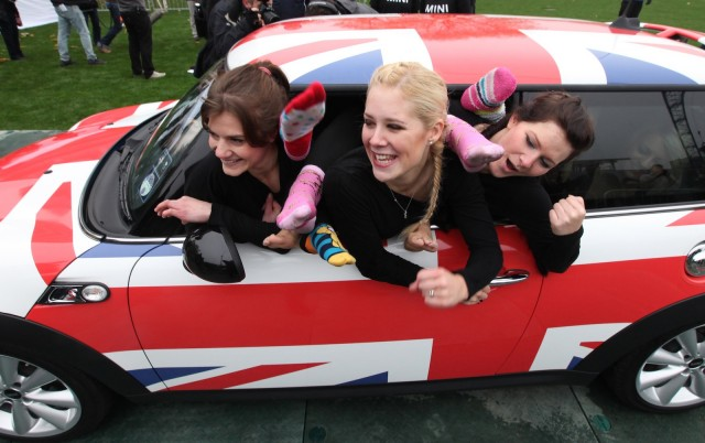 A MINI Cooper, stuffed with 28 agile women - image: MINI