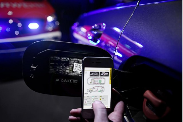 A new Mercedes-Benz initiative: QR code that can save lives
