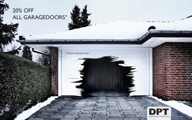 Ad for Dansk Port Teknik garage doors by JWT agency
