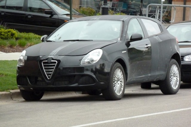 Alfa Romeo Giulietta development prototype, Madison, Wisconsin, April 2012 [photo © by Thomas Bey]