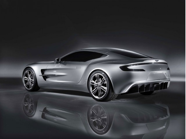 aston martin one 77 leak 004