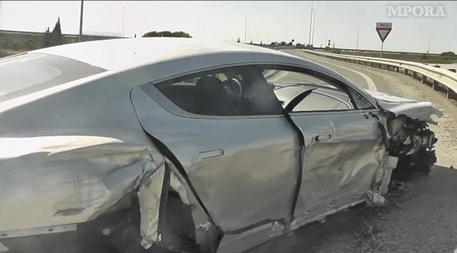 Aston Martin Rapide crash captured on video