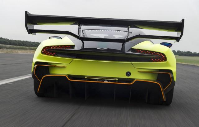 Aston Martin Vulcan AMR Pro