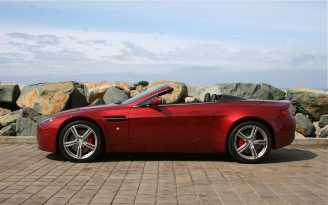 2009 Aston Martin V8 Vantage copyright 2009 by Martin Padgett for High Gear Media