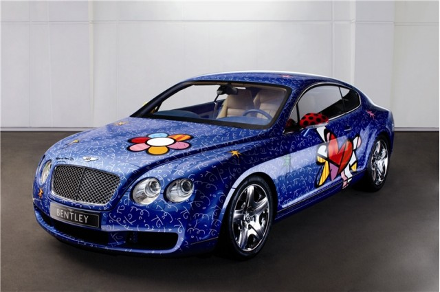 Bentley Continental GT, used as a canvas by artist Romero Britto