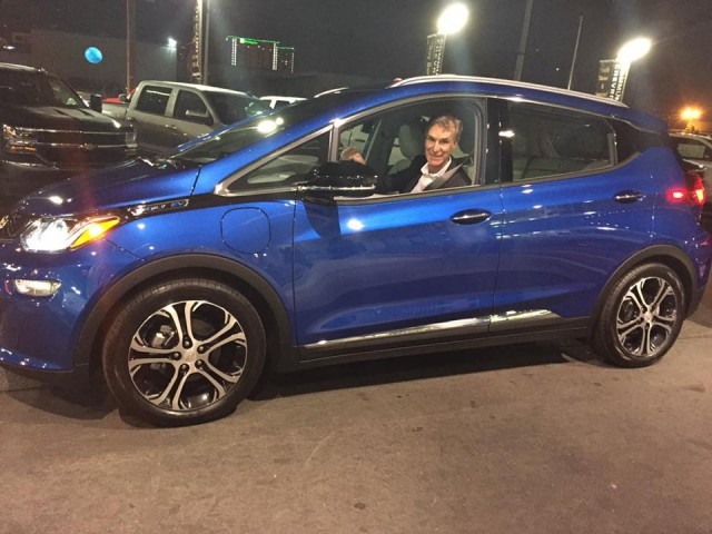 Bill Nye in new 2017 Chevrolet Bolt EV, Jan 2017 [photo: Oskar Liners, Community Chevrolet, Burbank]