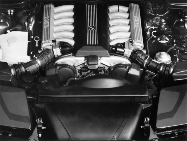 BMW 8-Series celebrates its 25th anniversary