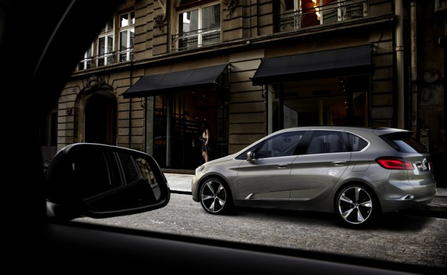 BMW Concept Active Tourer, 2012 Paris Auto Show