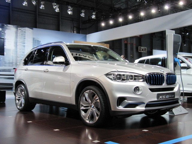 BMW Concept X5 eDrive at 2014 New York Auto Show