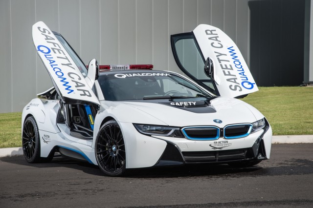 bmw i8 plug in hybrid coupe to get longer range other updates report. Black Bedroom Furniture Sets. Home Design Ideas