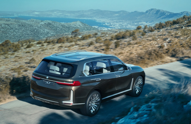 bmw x7 concept jaguar 39 s future frankfurt auto show preview the week in reverse. Black Bedroom Furniture Sets. Home Design Ideas