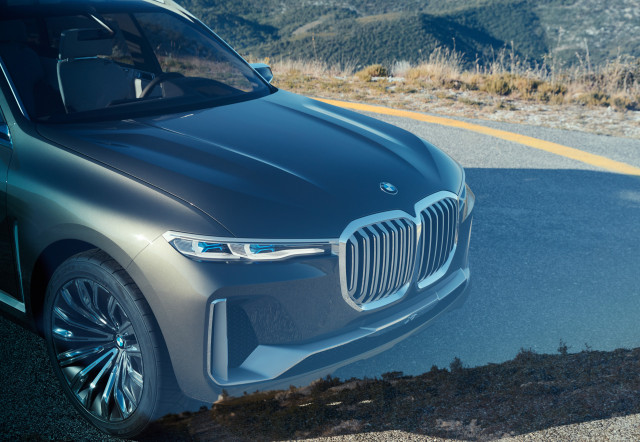 Mercedes Full Size Suv >> BMW X7 concept previews new full-size, 3-row SUV