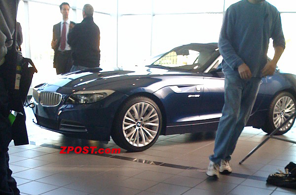 bmw z4 spied on movie set 001