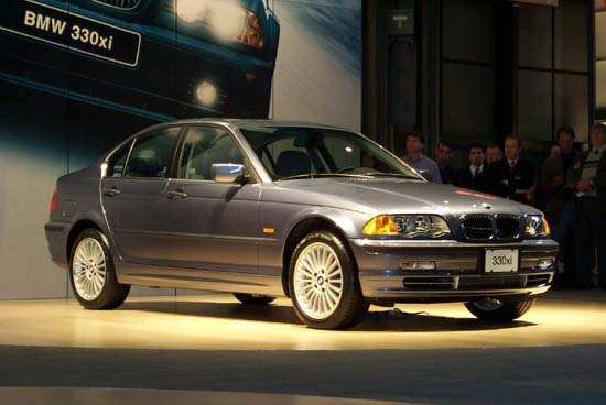 BMW 330xi, 2000 New York Auto Show