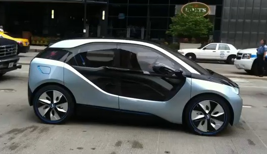 BMW's i3 in Chicago. Image: YouTube user jprothe