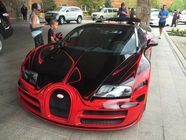 bugatti veyron grand sport vitesse cracks 235 mph at idaho s sun valley video. Black Bedroom Furniture Sets. Home Design Ideas