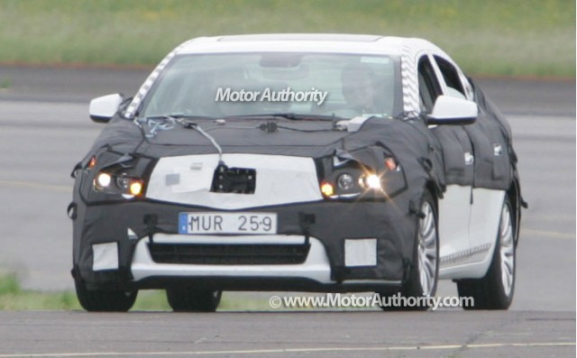 buick lacrosse spy motorauthority 001