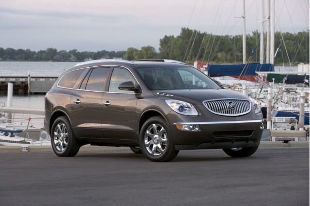 2010 Buick Enclave And 2010 GMC Acadia Envoys For The New GM