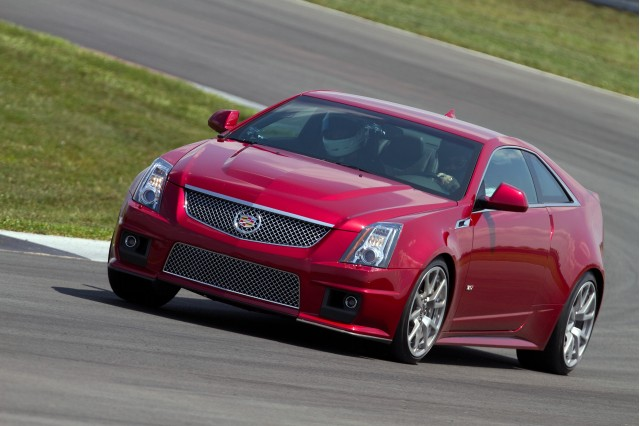 2011 Cadillac CTS-V Coupe at Monticello Motor Club
