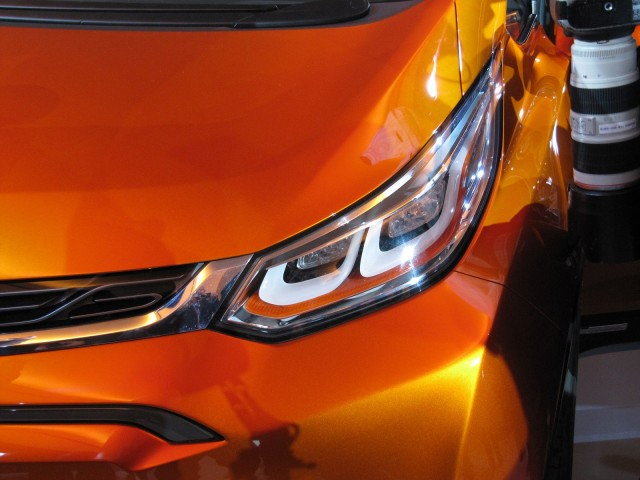 Chevrolet Bolt electric-car concept, 2015 Detroit Auto Show
