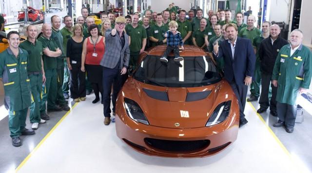 Chris Evans visits Lotus factory in Hethel