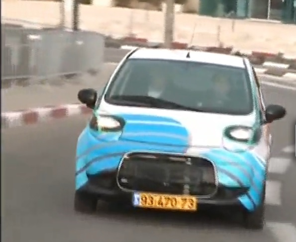 Citroen test car fitted with Phinergy prototype aluminum-air battery