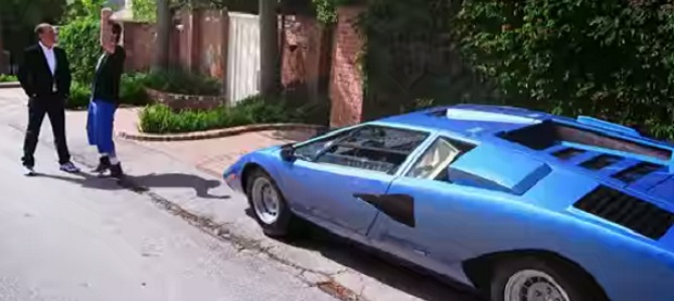 39 comedians 39 season 6 ready for jim carrey in a countach. Black Bedroom Furniture Sets. Home Design Ideas
