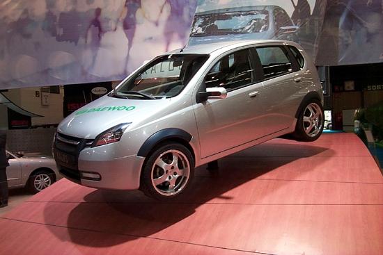 Daewoo kalos, 2000 Paris Auto Show