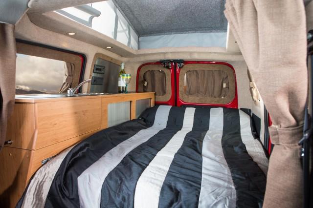vw westfalia camper van spiritual successor nissan e nv200 camper. Black Bedroom Furniture Sets. Home Design Ideas