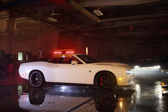 dodge challenger srt hellcat convertible up for sale. Black Bedroom Furniture Sets. Home Design Ideas