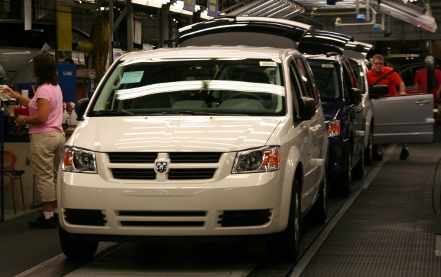 Dodge Grand Caravan construction at the Windsor plant