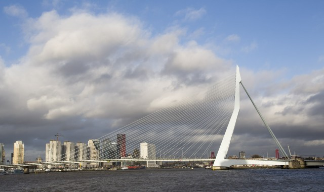 Erasmus Bridge, Rotterdam, by Flickr user Martin de Lusenet (used under CC License)