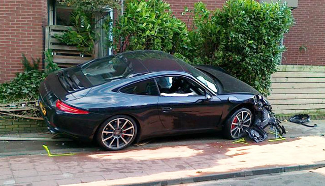 First wrecked 911-series Porsche 911