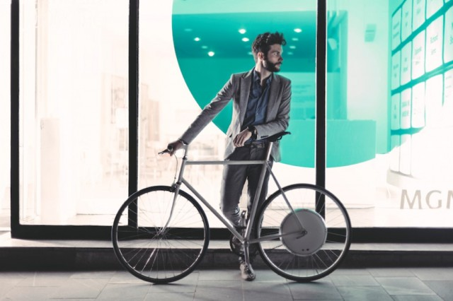 FlyKly's Smart Wheel all-in-one electric bike wheel