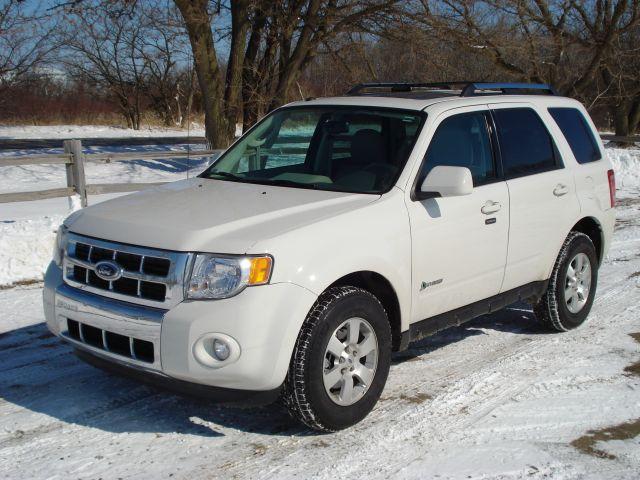 Ford Escape Hybrid Front Quarter