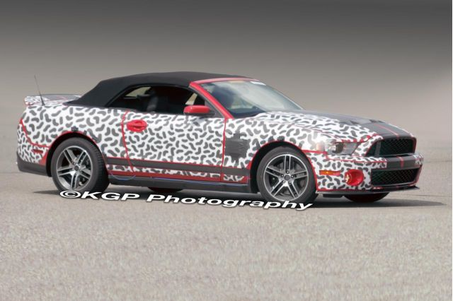2010 Ford Mustang GT500 spy shots