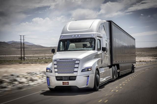Freightliner Inspiration Truck self-driving truck concept