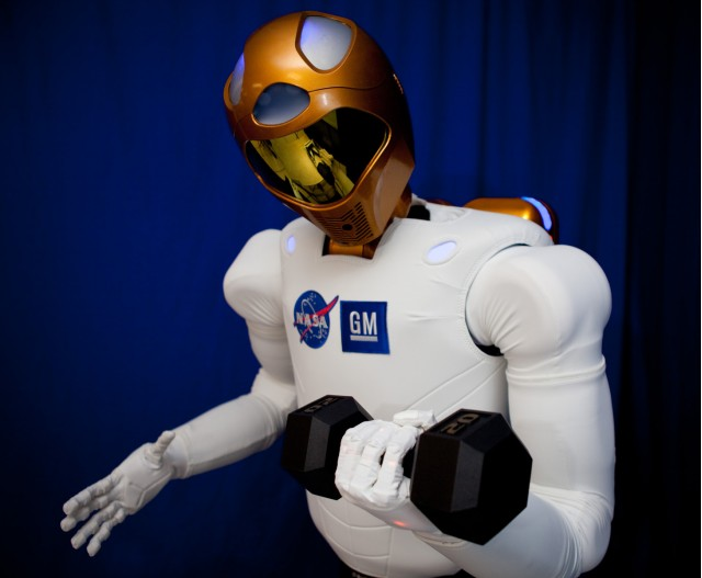 GM and NASA's Robonaut 2 droid