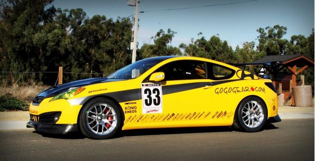 Thunderhill Race Car Wallpaper: Gogogear Hyundai Genesis Racing Coupe Hits Thunderhill